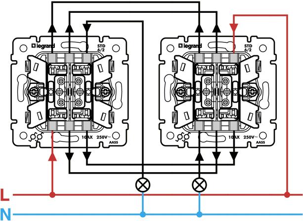 Исходя из начальных условий, схема уже имеется с одним выключателем.  К ней приспособить проходной не получится.